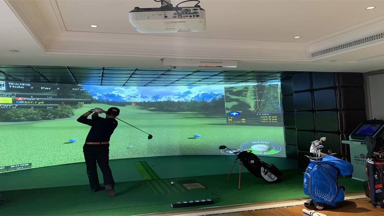 wingStar社区模拟高尔夫与海南省青少年高尔夫球锦标赛结缘鹿回头